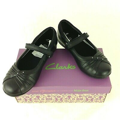 Clarks Movello8 Girls Black Leather School Shoes infant SIZE 11 1/2 F / 29.5 EU