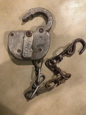 Vintage NORTHERN PACIFIC N.P Railroad  SWITCH PAD LOCK Chain ADLAKE No Key Lot B