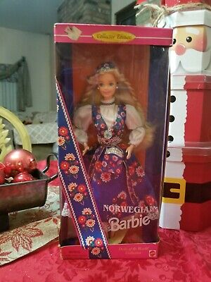 Norwegian Barbie Dolls of The World #14450 1995 Mattel Collectors Edition