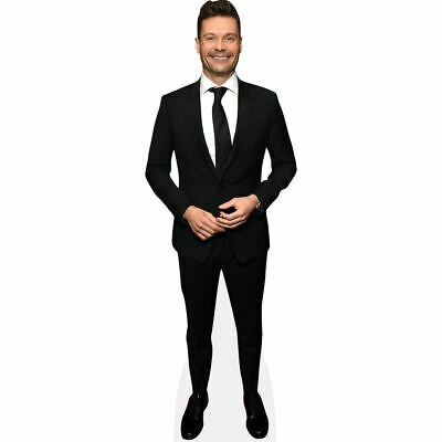 Ryan Seacrest (Suit) tamano natural
