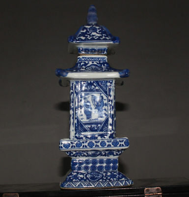 Chinese Jingdezhen ancient pagoda blue and white porcelain vase