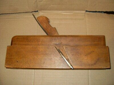 Varvill & Sons Ltd No.16 Round Moulding Plane - As Photo's