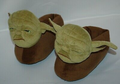Child's Star Wars Yoda Plush Slippers Science Fiction Collectable Memorabilia