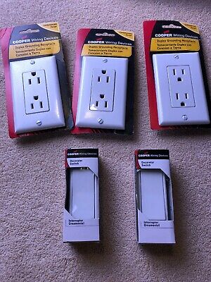 Cooper Wiring Devices 7501W-BOX Rocker Switch Single Pole (2) & 3 Receptacles