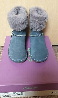 Clarks Greeta Ace Girls Infant Boots Grey Suede UK 11F Brand New with Packaging