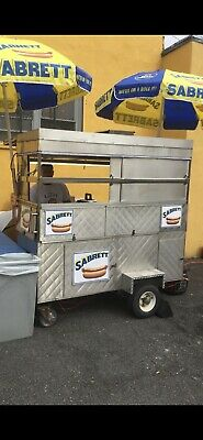 hot dog / food trailer great condition ready to work great buisness to have now.