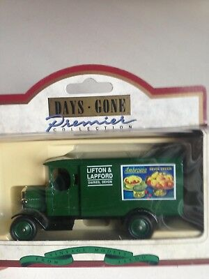 Lledo Days Gone Morris Light Truck with Lifton Lapford Ambrosia decals