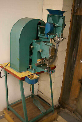 Hiker Auto-Feed Grommet Machine H-307AS