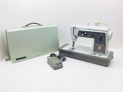 Vintage Singer Touch and Sew 600 Sewing Machine~ Please READ Description~