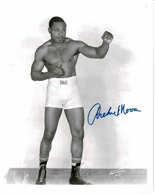Archie Moore Signed Boxing 10 X 8 Photo