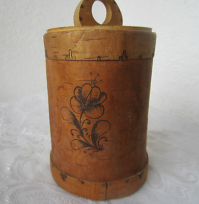 "6+"" Bentwood Birch Bark 1988 Russian OVAL Covered Box wooden  >  signed, wood"