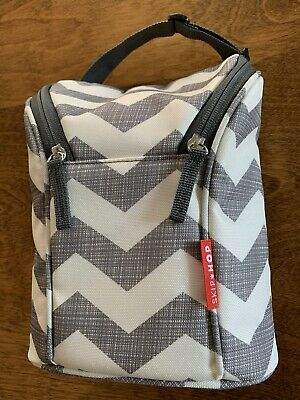 Skip Hop Insulated Grab & Go Bottle Lunch Bag W/ Freezer Pack Gray White