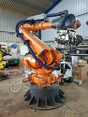 ABB Industrial robot type 6640 M2004 130/3.2 nearly new