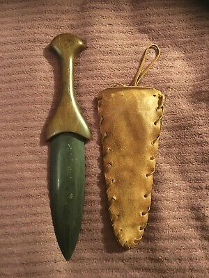 Flint / Slate Item with Sheath