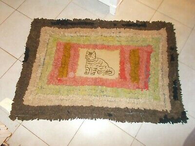 Wonderful Early 1900S Rag Style Rug With Crossed Stitch Cat On Wool Panel In Cen