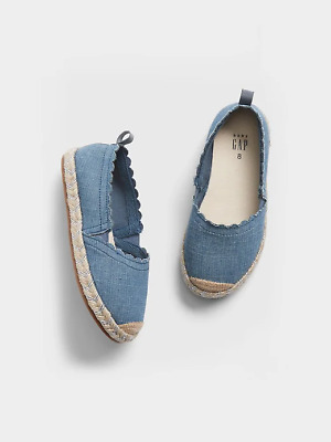SZ 8 BABY GAP Kids Blue Chambray Denim Scalloped Espadrilles Toddler Girl NWT