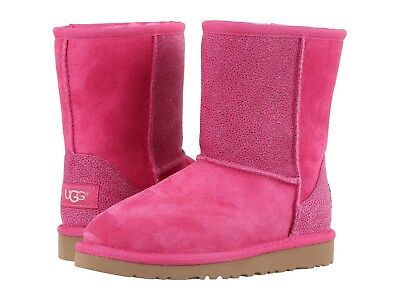 Ugg Australia  Girls Classic Short Serein Youth Boots Pink size 4 NEW
