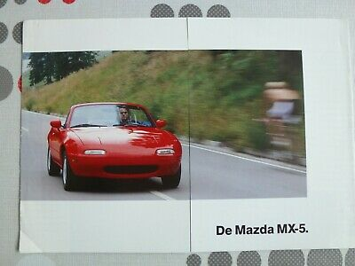 auto folder brochure advertising Mazda MX-5