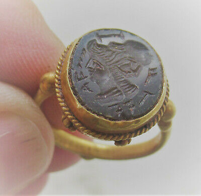 Circa 200-300Ad Ancient Roman High Carat Gold Ring With Agate Emperor Intaglio