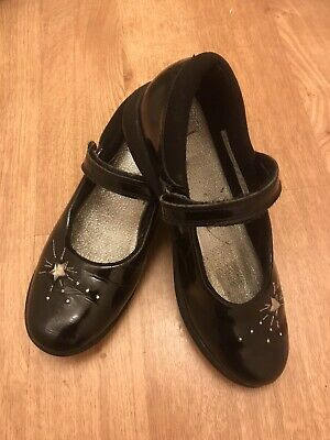 Girls Clarks 'Etch Spark' patent leather school shoes, Size UK 2G