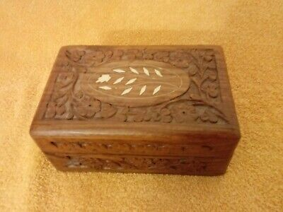 """Vintage mid-century wood wooden box 6"""" x 4"""" x 2 3/4"""" carved inlay India"""