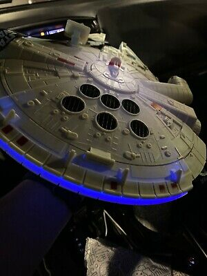 Disney Parks Star Wars Millenium Falcon Light Up Popcorn Bucket