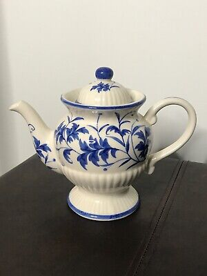 """A Beautiful Vintage White & Blue Teapot With Lid:  Andrea By  Sadek 7"""""""