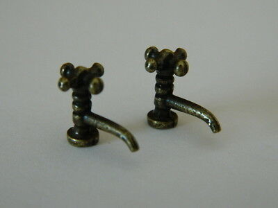 1//12th scale  DOLLS HOUSE PAIR OF METAL GOLD COLOURED WALL TAPS A12