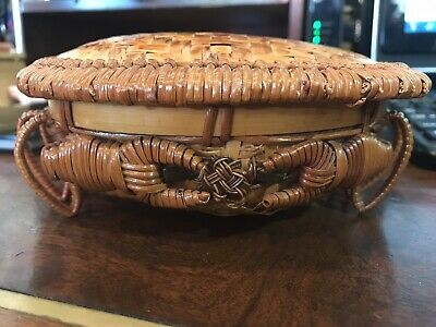 Antique Wicker & Bamboo Woven Crab Basket Lidded RARE Vintage Chinese Folk Art.
