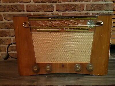 Vintage Philips Tube Radio In Working Condition from 1950