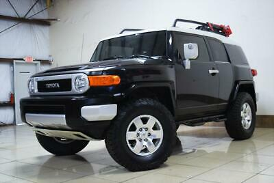 2008 Toyota FJ Cruiser LIFTED 4X4 OFFROADING TOYOTA FJ CRUISER LIFTED 4X4 ONLY 54K MILES ONE OWNER 6SP MANUAL DIFF LOCK