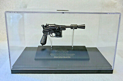 Master Replicas Star Wars SCALED HAN SOLO BLASTER 2006 CONVENTION EXCLUSIVE