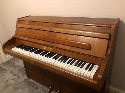 Small Bentley Piano, 6 Octave and recently tunned in perfecy working order