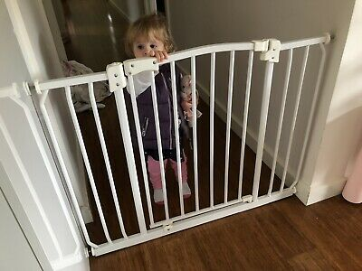 Baby Gate - Extra Wide Pressure Mounted Gate(Suits openings 97-108cm)
