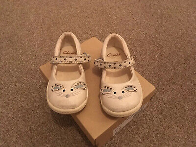 Clarks Girls Shoes And Trainers Bundle  Infant Size 6G
