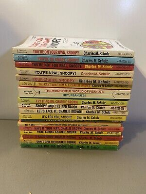 Vtg Lot of 18 Charlie Brown Peanuts Snoopy Charles M Schulz Paperback Comic Book
