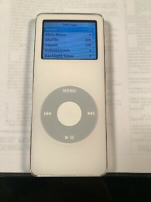 Apple iPod nano 1st Generation White (4 GB)