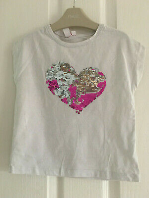 Litle girls white top age 3 yrs