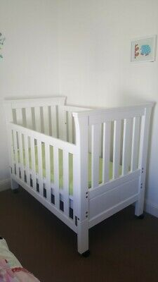 Grotime baby cot 4 in 1 / toddler bed white inc mattress Convertible To Single
