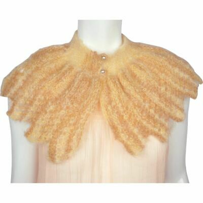 Vintage 1930s Collar Capelet Hand Knit Wool