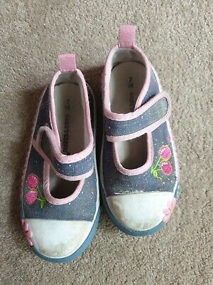 Girls chatterbox cherry shoes infant size 7