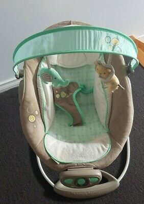 Bright Starts Ingenuity - The Gentle Automatic Bouncer - Excellent Condition