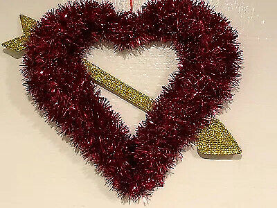 Ashland Valentine's Day Large Red Tinsel Wreath &Gold Arrow Door Wall Hanging BN