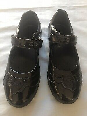 Girls Geox Black Patent School Shoe Euro Size 31 ( 12.5 UK )