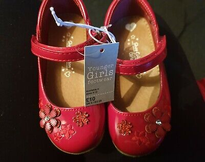 Girls shoes size 6 infant new with tags