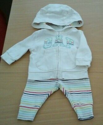 Baby Gap Girls Tracksuit 0-3 Months