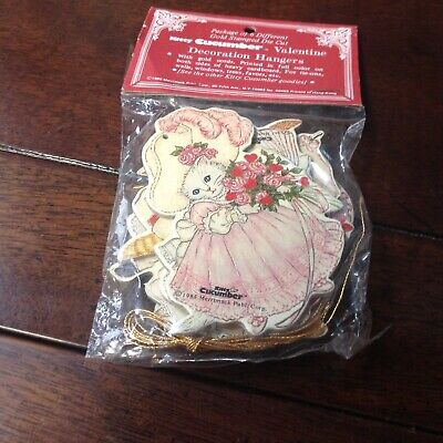 Kitty Cucumber 6 Valentine Ornaments Sealed Merrimack Shackman