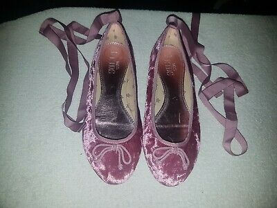 Girls Size 3 Pink Flat Shoes Ballerinas Bridesmaid Shoes Marks And Spencer BNWT