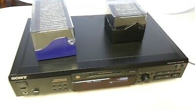 Sony MDS-JE520 MiniDisc Deck Player / Recorder with 32 recordable Discs W-Remote