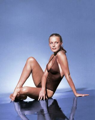 Cheryl Ladd 8x10 Glossy Photo 21